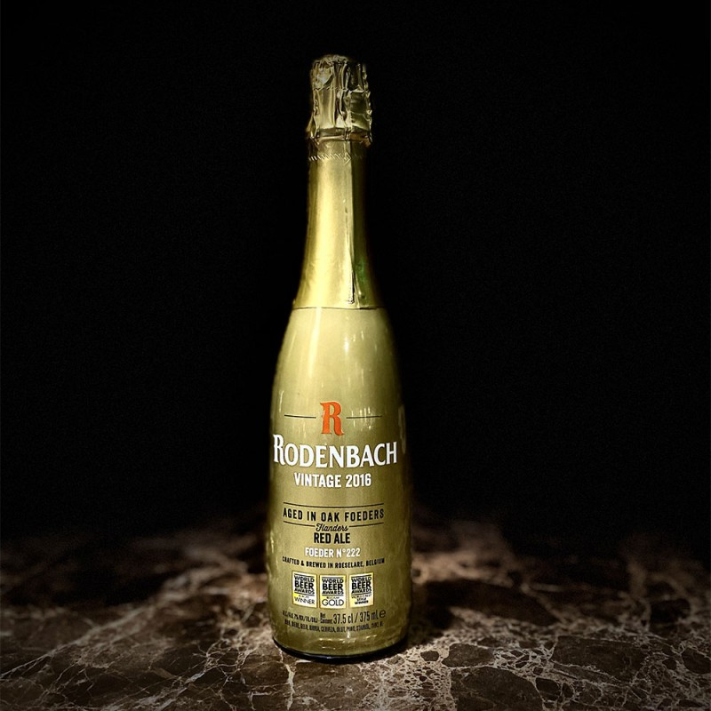Rodenbach Vintage birra AGED IN OAK FOEDERS - RED ALE - CRAFTED & BREWED IN ROESELARE, BELGIUM