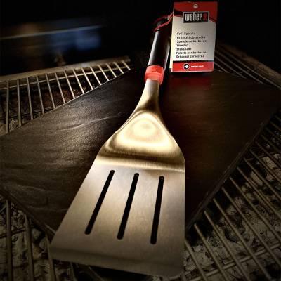 Paletta in acciaio per hamburger e bistecche, essenziale utensile per BBQ